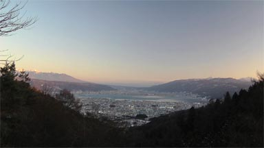 http://footage3.openspc2.org/HDTV/footage/HD/60p/water/lake/nagano/suwako/0305/sample